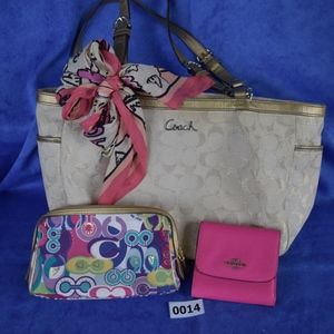 Coach signature tote, scarf, cosmetic & wallet 014